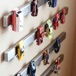 10 Dicas de organização de brinquedos – Carrinhos