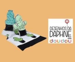 Doudou lança nova linha de produtos em parceria com Desenhos da Daphne.