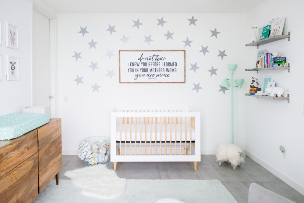 Circle-of-Life-Mint-and-Gray-Neutral-Nursery-1